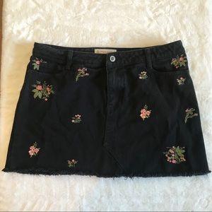 ANGEL KISS LA black denim floral jean mini skirt L